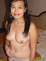 Mature Mea Asian cougar dick sucker